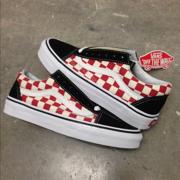 d1e037e5e8c1 VANS OLD SKOOL CHECKERED CHECKER RED YOUTH GS KIDS